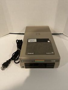 COMMODORE 1541 Vintage Floppy Disk Drive for C64 Powers On