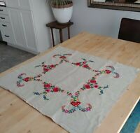 "Hand Embroidered Vintage Floral Table Natural Linen 31"" Square Folk Art"