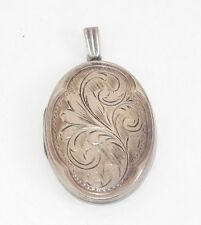 VICTORIAN ENGLISH HAND ENGRAVE OVAL SILVER LOCKET. SIGNED
