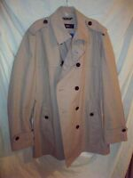 NWT $595 HUGO BOSS Brown 'Zent' Double Breasted Trench Coat size 46R  NO RESERVE