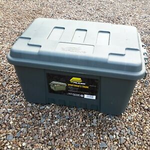 PLANO SPORTSMAN'S TRUNK (SMALL) HUNTING/SHOOTING/FISHING/STACKABLE STORAGE BOX