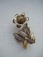 Vintage 'Toledo Damascene' bud flower brooch pin