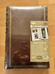 Pioneer Leather Bond 3-ring Binder Photo Album, Holds 200 Bi-Directional Photos