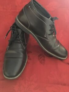 Men's Boots;  9.5 / Nice Condition!