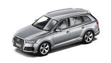 Audi Q7 - 1:43 - Spark