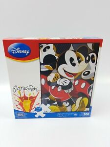 Disney Expressions, Mickey, Art By Tim Rogerson, Mega Puzzles 300 Pcs 2010 NEW