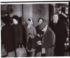Original Press Photo Cyril Smith MP stood in a queue 1970s