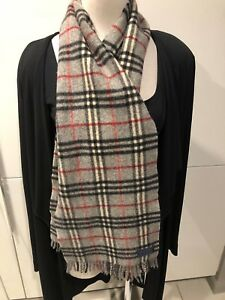 Vintage BURBERRY OF LONDON Genuine Grey Lambswool Check Long Scarf 24cm x 144cm