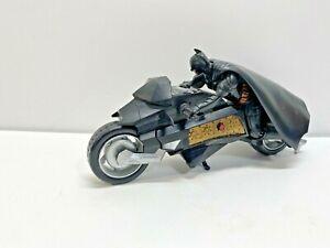"Batman Dark Knight Bat Cycle Motorcycle Action Figure Toy M5073 DC Comics 9"""