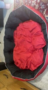 Medium Black and Red dog bed