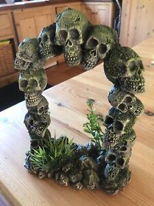 Aquarium Ornament Arch Skulls