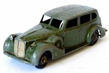 Dinky Toys No.39a Packard Super 8 Touring Saloon Car (1946-1950)