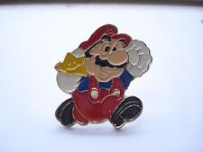 SUPER MARIO VINTAGE NINTENDO GAME WATCH OLD SNES CARTOON CART RARE PIN BADGE 99p