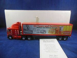 Matchbox Collectibles DYM38314 Freightliner Tractor Trailer McDonald's 45th Annv