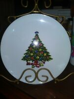 LOT OF 4 JAMESTOWN CHINA CHRISTMAS TREASURE BREAD SALAD PLATES FREE SHIPPING