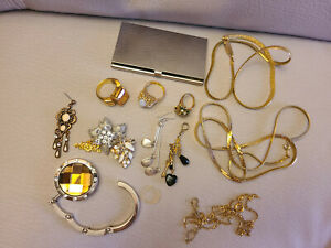 Vintage Women's Gold Silver Tone Jewelry lot! Necklaces,Earrings and Card Holder