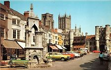 B89035 the market place wells  car voiture   uk 14x9cm