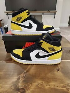 Nike Air Jordan 1 Retro Mid OG Size 10.5 Black Yellow Toe/ White High *No Box*