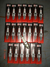 LOT OF 20 CHAMPION RJ6CCOPPER PLUS ENGINE SPARK PLUGS CHAIN SAW FARM TRACTOR