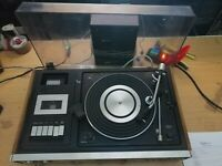 Sanyo G-2511KL Music centre record player, tuner, tape/cassette, turntable (245)