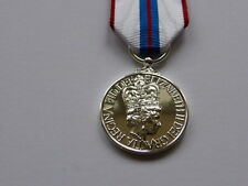 MEDALS - QUEENS SILVER JUBILEE 1977 - FULL SIZE