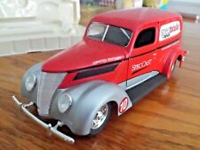 SpecCast Ford 1937 Van Spectacular News 1:25 Scale Die Cast Coin Bank