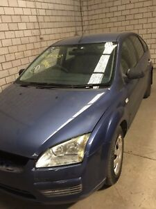 WRECKING 2005 FORD FOCUS 05-09 LS CL  HATCH 2L MAN 4 CYL PETROL ,LOW KM 160k