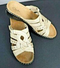 Clarks Bendables Womens Lexi Rye Beige Leather Sandals Slides Shoes 9 1/2 M