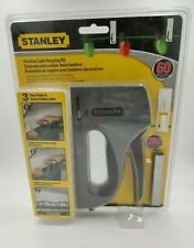 Stanley Holiday Light Hanging Kit with Hanging Clips 60 clips 200 staples NEW