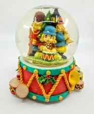 Nutcracker Family Christmas Theme Snow Globe (No Music)