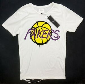 NEW $60 THE PEOPLE VS FAKERS GRAPHIC DISTRESSED LAKERS FAKERS TEE T-SHIRT sz M