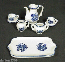 8 PIECE PORCELAIN CHILD SIZE TEA SET VINTAGE