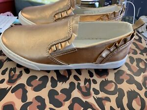 NWT GYMBOREE GIRLS SNEAKERS SIZE 3