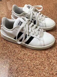Girls Adidas Cloudfoam Sneakers Size 6Y