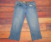 "Candie's Women's Distressed Capri Light Wash Jeans Size 9 30"" W x 22"" L"