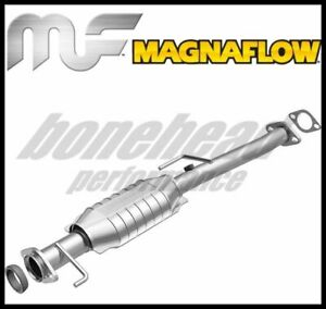 Magnaflow 22626: Direct-Fit Catalytic Converter 1998 Chevy Tracker 1.6L