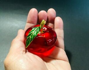 Beautiful Crystal Red Apple Glass Paperweight Decoration Souvenir Gift