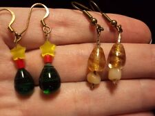 green teardrop yellow star + gold swirl glass beaded dangle earrings 2 pairs