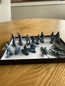 Matchbox 1/32 WW2 German Infantry.