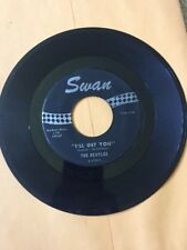 The Beatles 45 record SHE LOVES YOU, Swan 1964, label variation