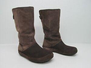 Crocs Berryessa Faux Fur Brown Brown Suede Mid-Calf Boots size Women's 8