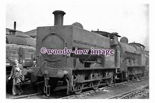 bb0982 - LMS Railway Engine 27480 at Crewe Works in 1948 - photograph