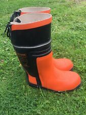 Gents Mans Stihl Chainsaw Boots Size UK8.