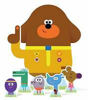Hey Duggee and The Squirrel Club Lifesized Cardboard Cutout Pack - inc 6 Cutouts