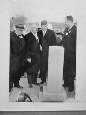 1963  photo original PRESS PRESIDENT KENNEDY GOVNOR CARVER NEW YORK EXPRESS WAY