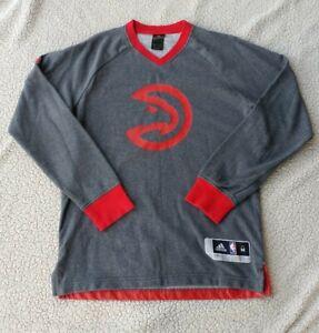 Mens Adidas Atlanta Hawks Long Sleeve NBA Gray Red Sweatshirt Size Medium EUC