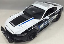 Maisto - 36203 -  2015 Ford Mustang GT 5.0 Police Scale 1:18- Black/White
