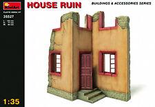 Min35527 - 1:35 MINIART-House rovina