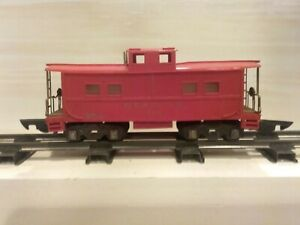 American Flyer 630 Red Reading Caboose from early 1946, has rare red    frame.