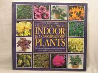 Kingfisher Complete Guide to Indoor and Conservatory Plants (Larousse complete g